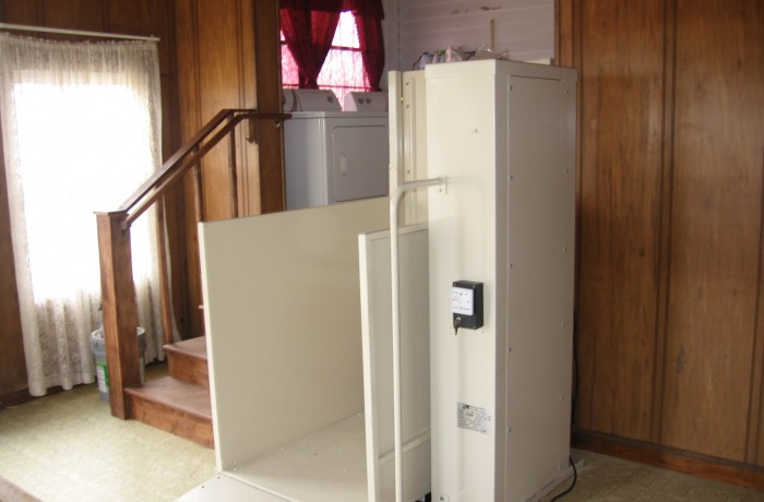 Mac's Vertical Home Lift PL-50 w/ ADA Package & top landing gate