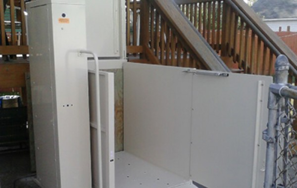 Mac's Vertical Home Lift PL-50 w/ ADA Package
