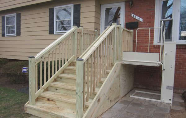 Mac's Vertical Home Lift PL-50 w/ 90 degree exit platform